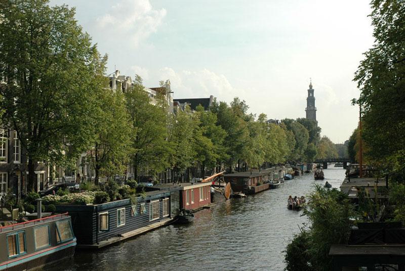 Bambooboat Amsterdam houseboat rental extra service